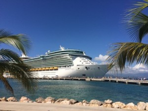 cruise, norovirus, diarrhea, oral hydration, dehydration, travel sickness